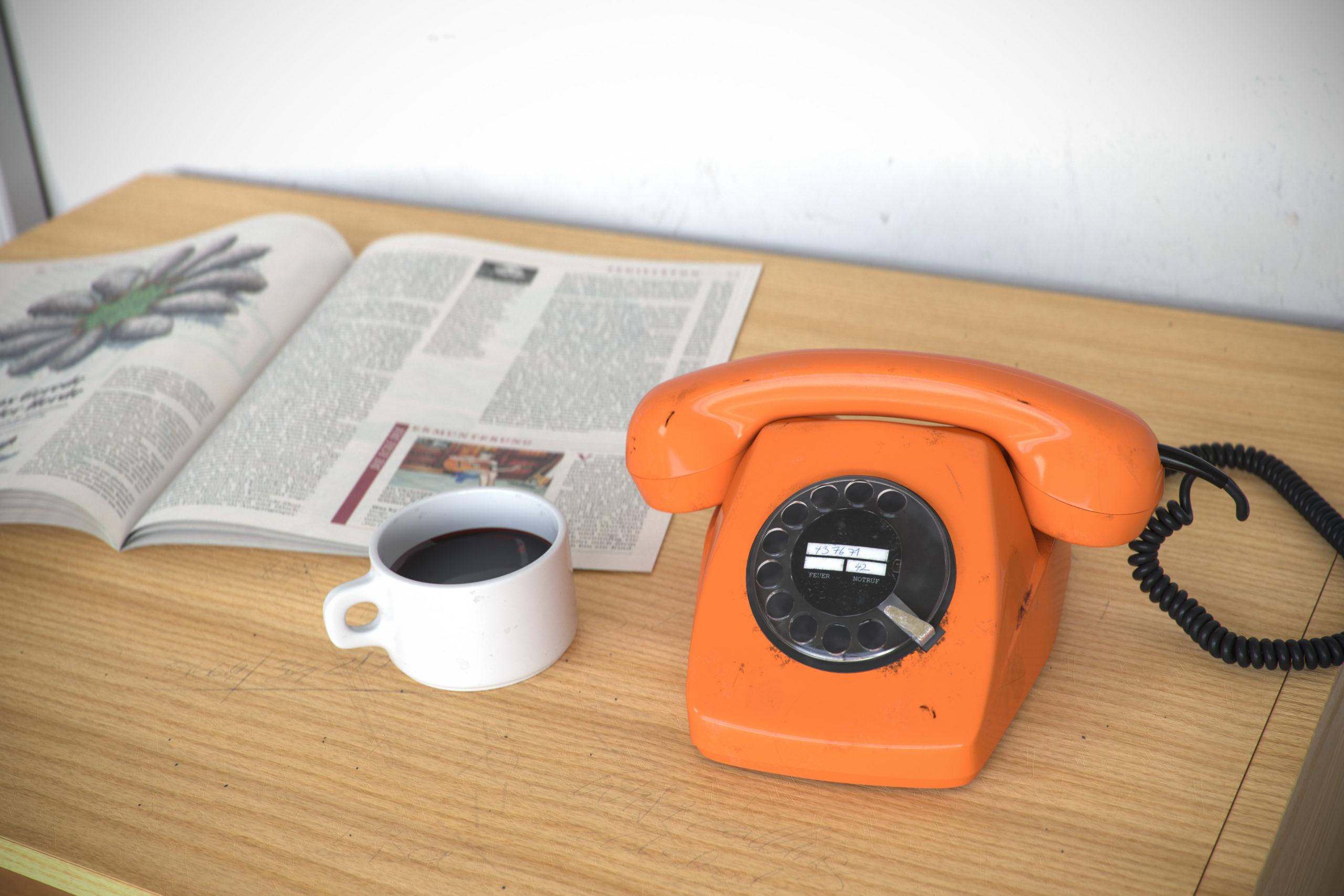 3D Rendering Telefon Orange Stefan Eder Österreich